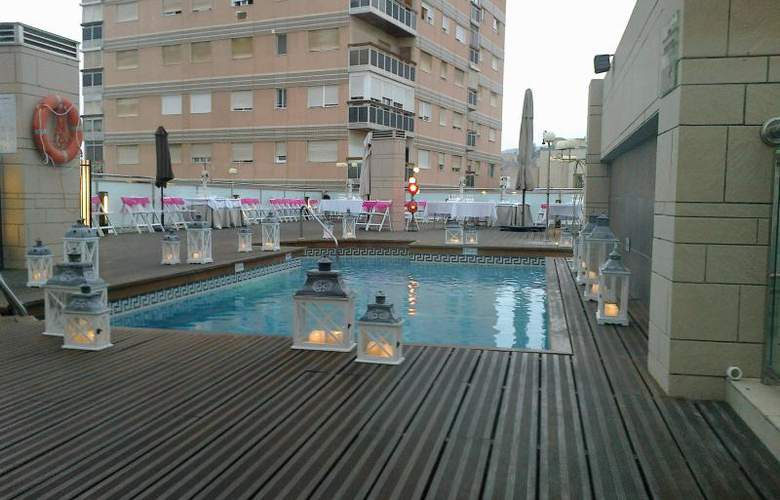 Ac Almeria - Pool - 15
