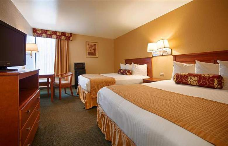 Best Western East Brunswick Inn - Room - 27