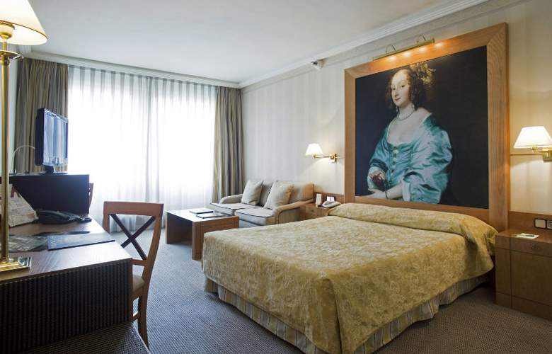 Courtyard Madrid Princesa - Room - 14
