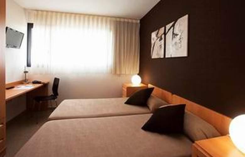 Villa Alojamiento y Congresos - Room - 5