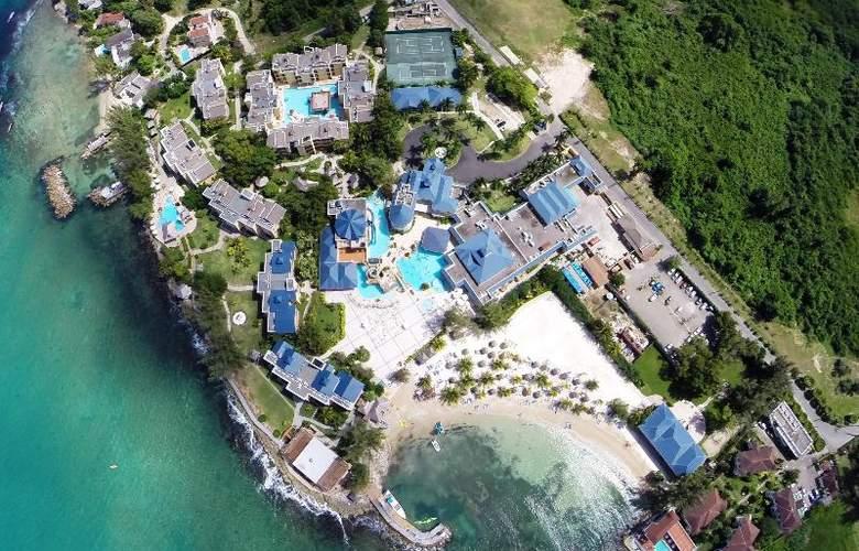 Riviera Marina - Hotel - 9