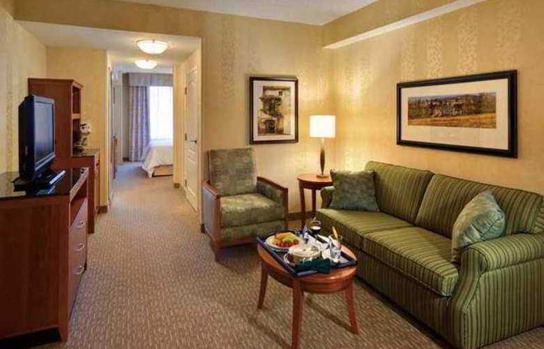 Hilton Garden Inn Lakewood - Hotel - 6