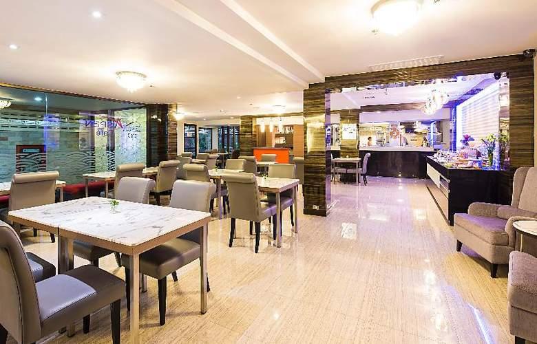 Aspen Suites Sukhumvit 2 by Compass Hospitality - Restaurant - 1