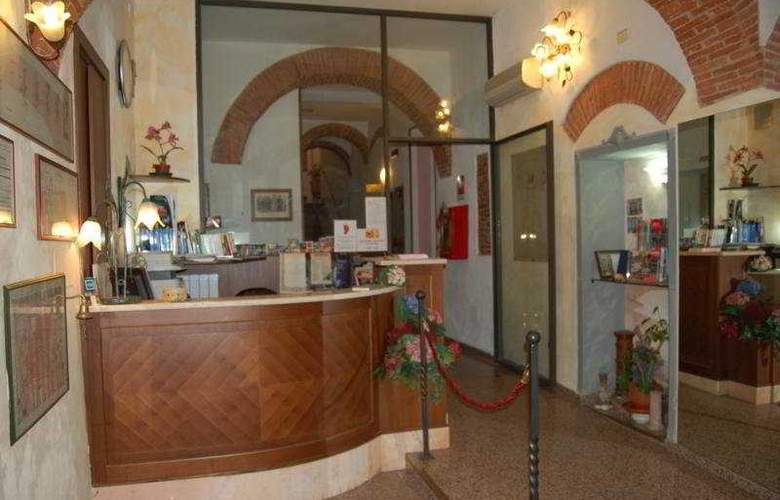 Leonardo - Hotel - 0