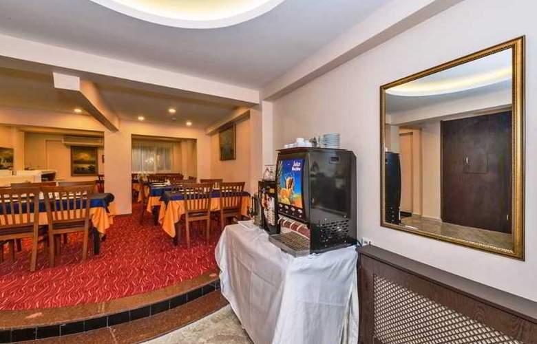 Maral - Restaurant - 15