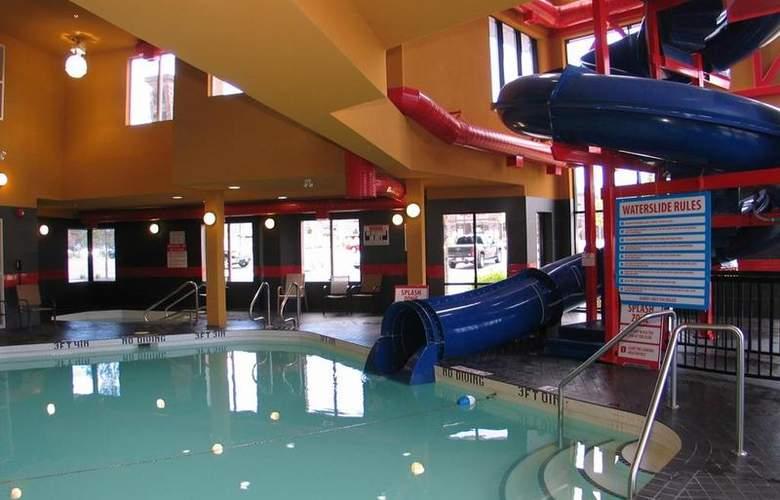 Best Western Wine Country Hotel & Suites - Pool - 76