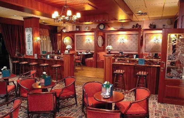 Kapetanios Odyssia Hotel  - Bar - 4