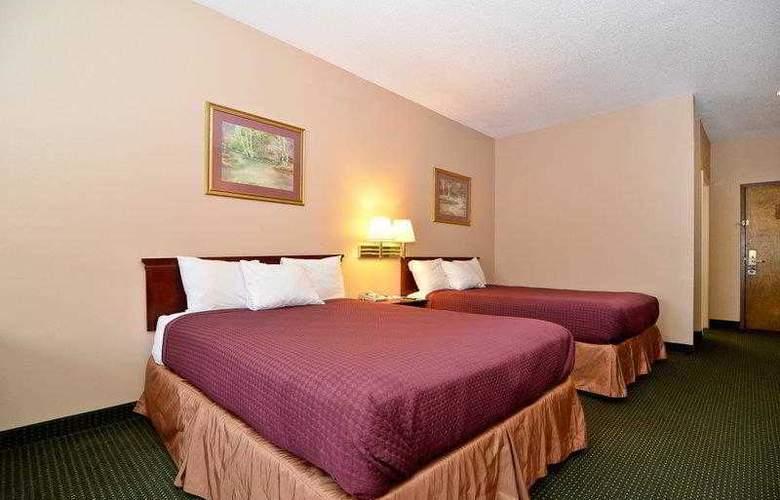 Best Western Woodstone - Hotel - 13
