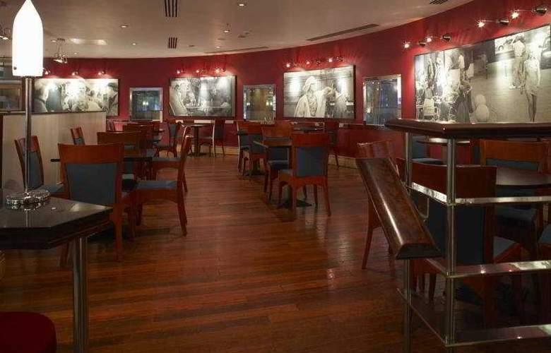 Hilton Cardiff - Bar - 5