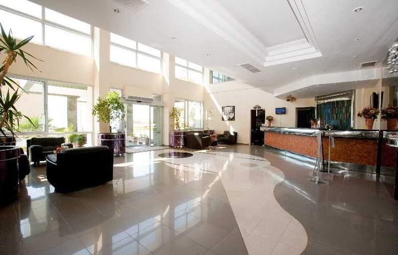 Marina Hotel - General - 1