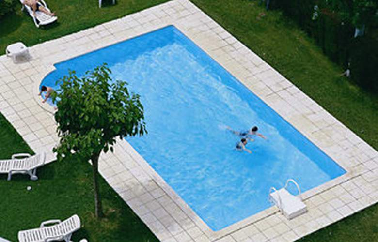 Ciutat Granollers - Pool - 6