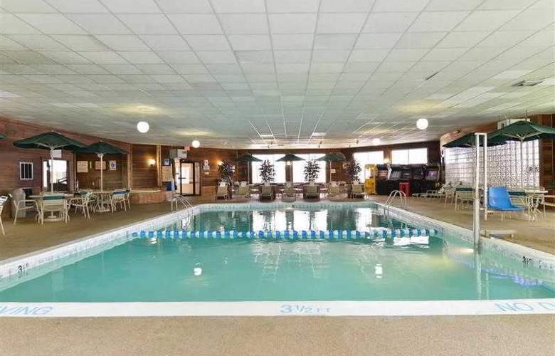 Best Western Greenfield Inn - Hotel - 51