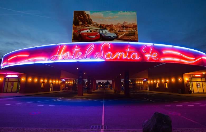 Disney's Hotel Santa Fe - Hotel - 0
