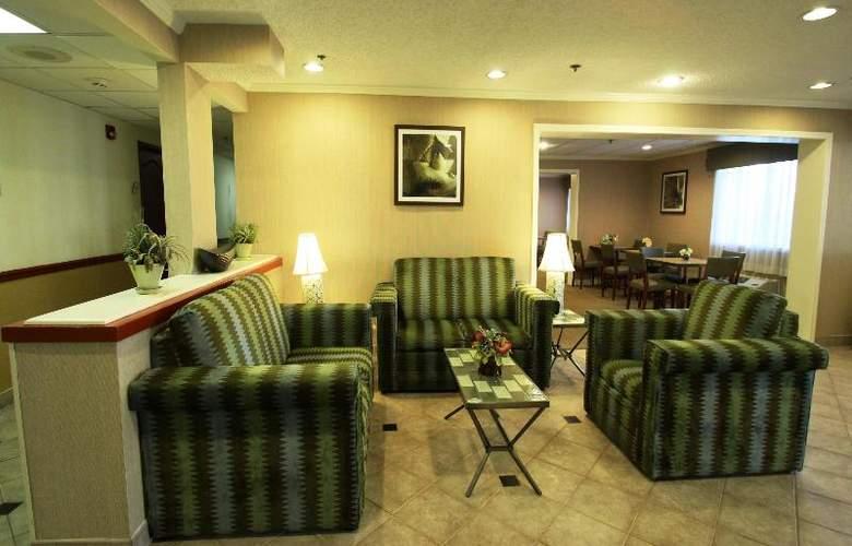 La Quinta Inn & Suites Orlando South - General - 1