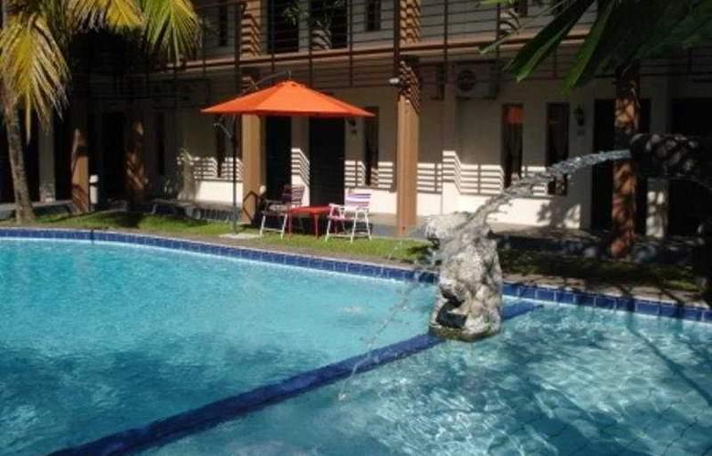 Sanur Agung - Pool - 4