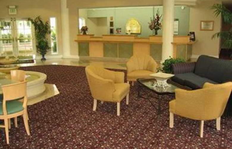 La Quinta Inn & Suites Houston Park 10 - General - 0