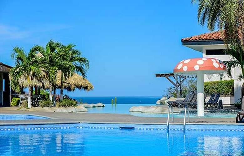 Condovac La Costa - Pool - 1