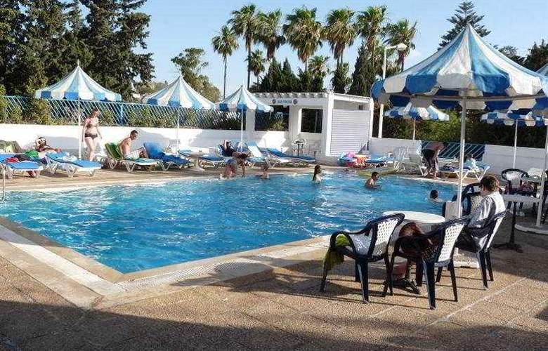 Residence La Paix - Pool - 2