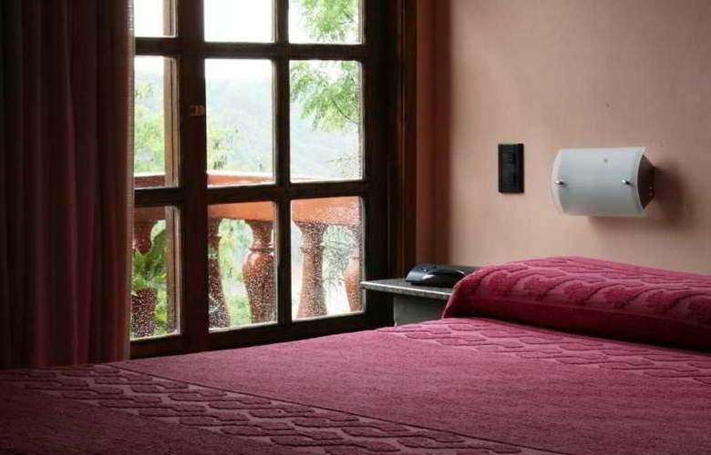 Pirayu Lodge Resort - Room - 9