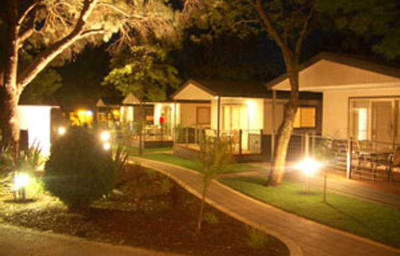 Boathaven Holiday Park - Hotel - 0