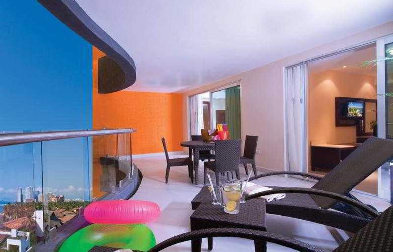 Sunset Plaza Beach Resort & Spa - Room - 5