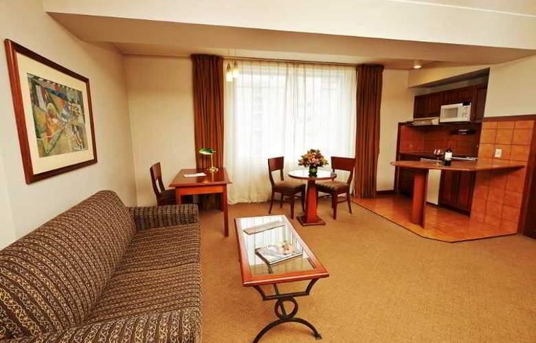 Sol de Oro Hotel & Suites - Hotel - 2