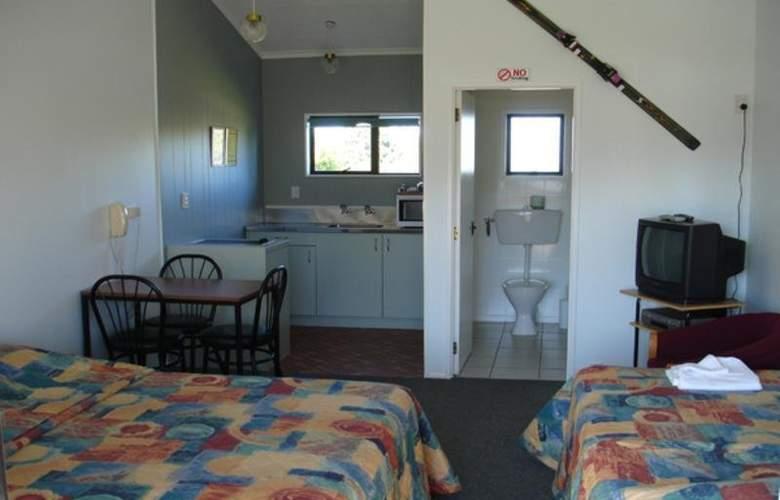 Ohakune Court Motel - Room - 8