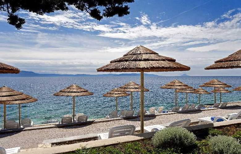 Valamar Sanfior Hotel - Beach - 13