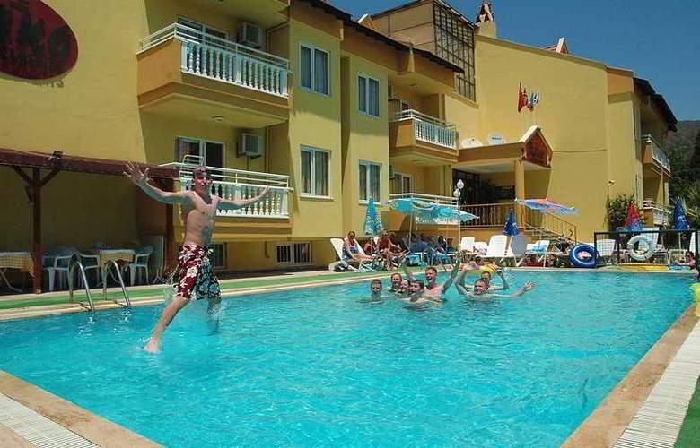 Club Ako Apart - Pool - 5