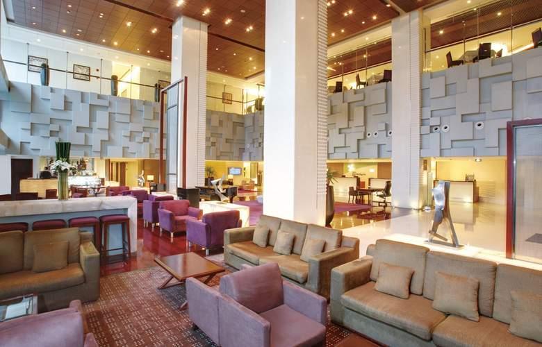 Holiday Inn Vista - General - 1