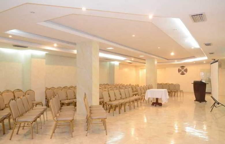 Hotel Intersuites - Conference - 1