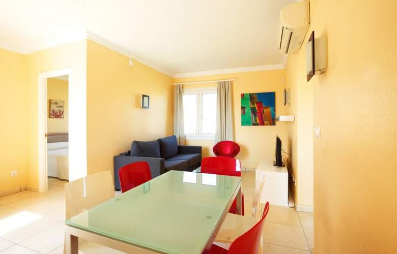 Apartamentos Oliva Nova Golf - Room - 14