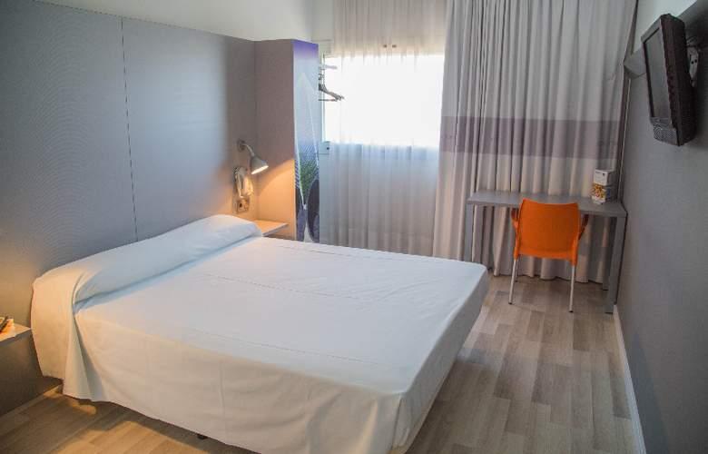 B&B Valencia Aeropuerto - Room - 6