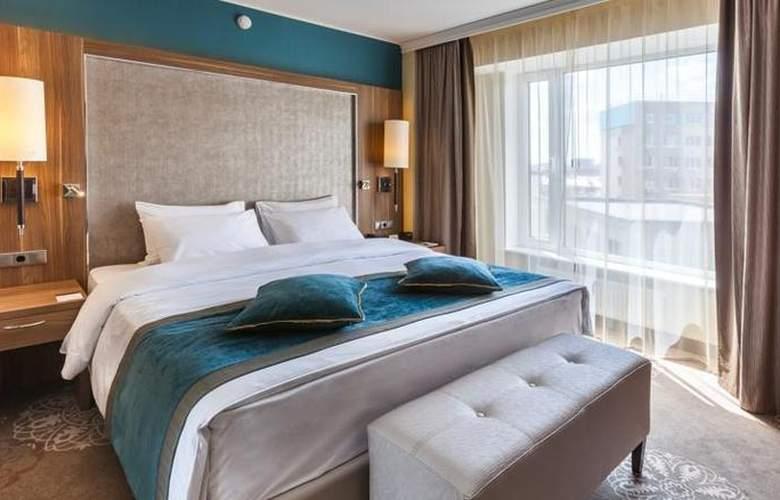 DoubleTree by Hilton Tyumen - Room - 15