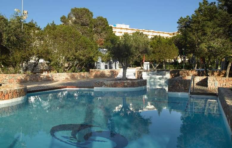 Fiesta Hotel Cala Gracio - Pool - 16
