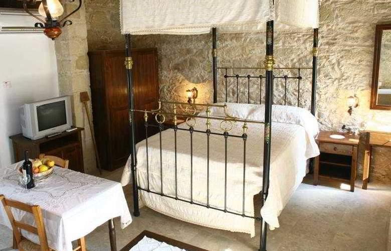 Leonidas Village Houses - Room - 8