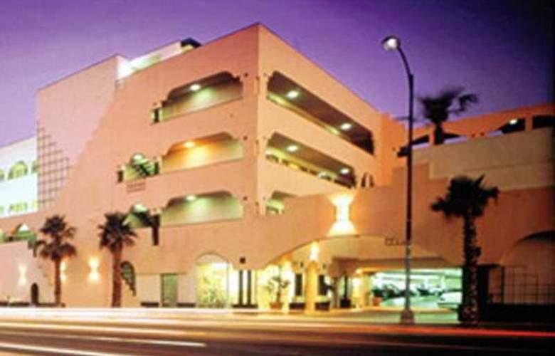 Americania - Hotel - 8
