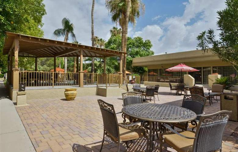 Best Western Tucson Int'l Airport Hotel & Suites - Pool - 118