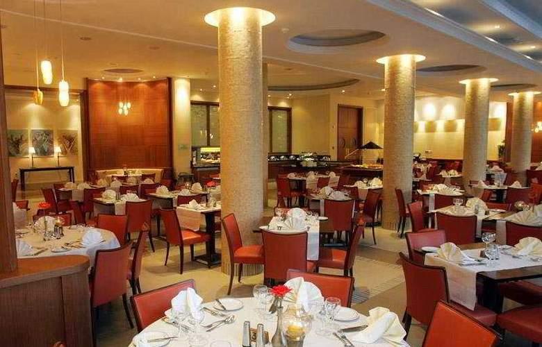 Ajax - Restaurant - 9