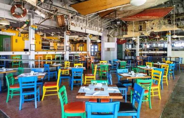 Memories Grand Bahama Beach & Casino Resort - Bar - 3
