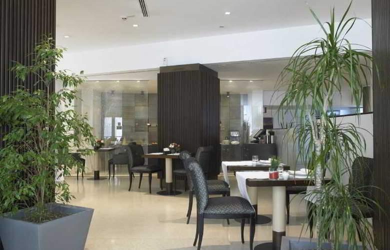 NH Bergamo - Restaurant - 13
