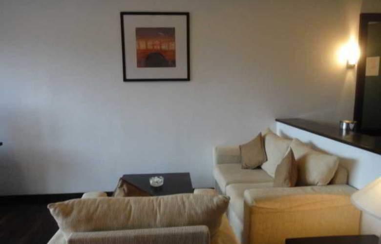 Temple Tree Resort - Room - 7