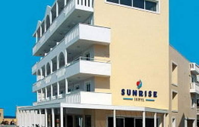 Sunrise - Hotel - 0