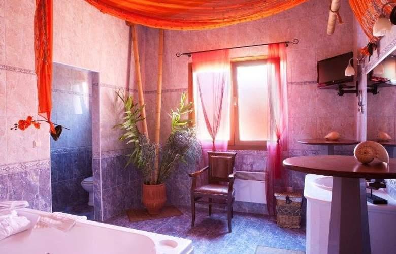 Alia Palace - Room - 7