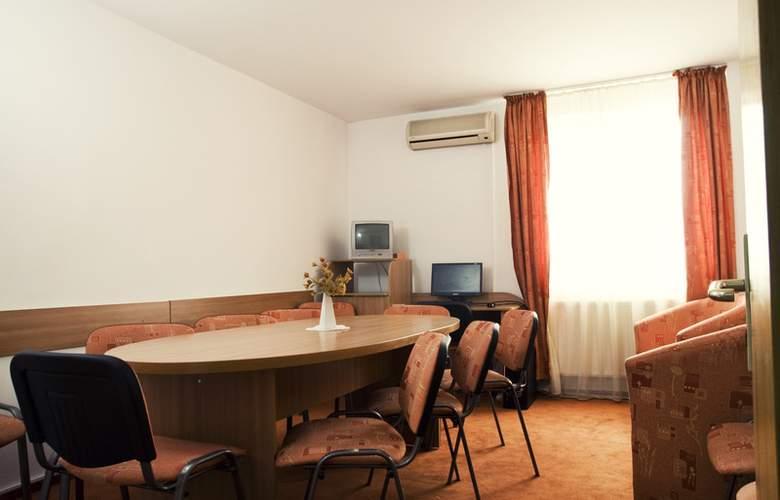 Est Bucharest - Conference - 3