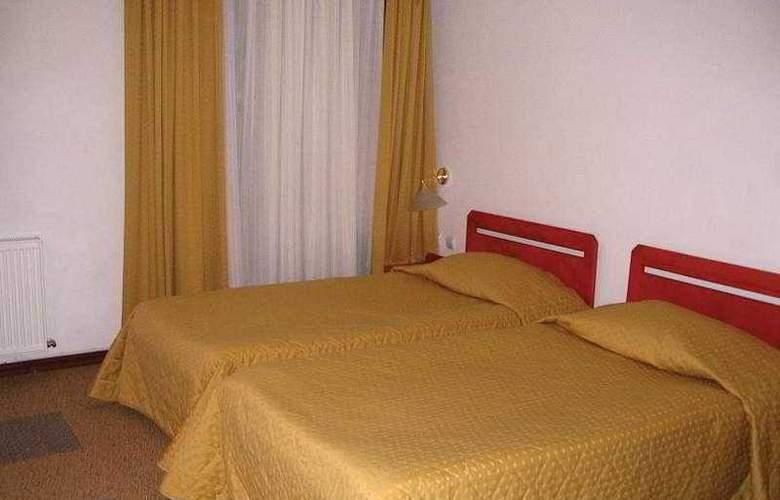 Poiana Hotel - Room - 4