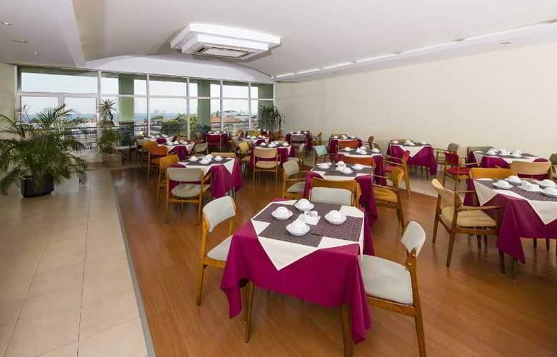 Luna Esperança Centro - Restaurant - 16