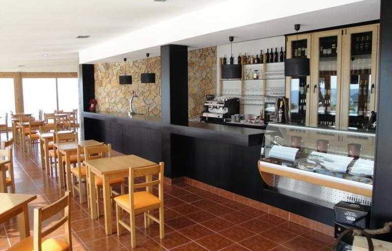 Miramar Hotel and Spa - Bar - 9
