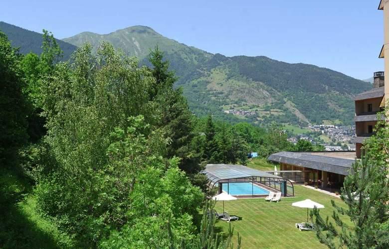 Tuca Hotel - Pool - 13