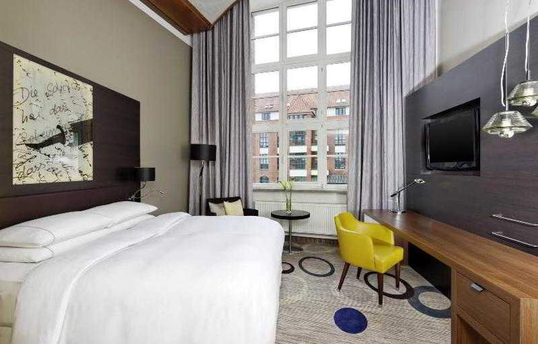 Sheraton Hannover Pelikan - Hotel - 5